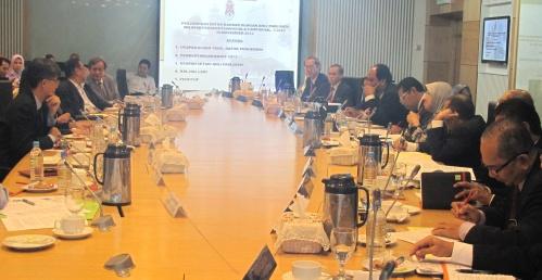 WP MPs meeting with the new Datuk Bandar, Yg Bhg Datuk Bandar Ahamd Phesal bin Talib