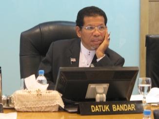Datuk Bandar KL, Yg Bhg Datuk Ahmad Phesal bin Talib