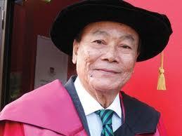 YM Tunku Aziz has been hailed
