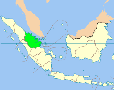 Riau Province is in marked in green.