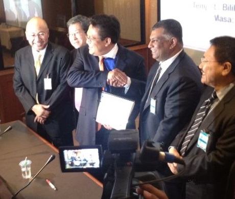 PAC Chairman YB Datuk Nur Jaslan & Tan Sri Tony Fernandes