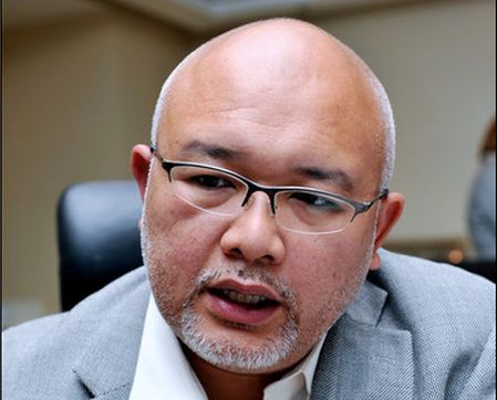Yg Bhg Datuk Mohamed Sharil Mohamed Tarmizi, Chairman of MCMC and formerly from BinaFikir Sdn Bhd, now a subsidiary of Maybank Bhd.